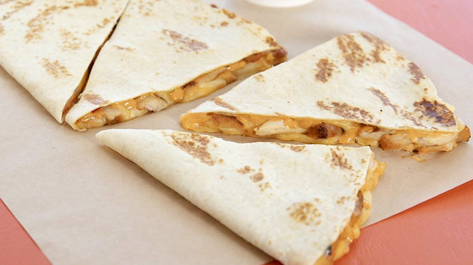 Taco Bell Canada Introduces The Steak Doubledilla And Chicken Doubledilla