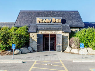 Calgary's Bears Den Restaurant Closing Its Doors On January 28, 2018