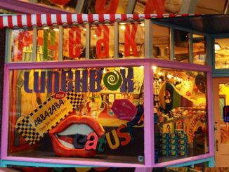Retro-Candy Store Freak Lunchbox Closing Doors In Calgary