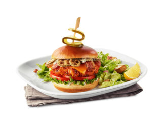 Boston Pizza Introduces New Kick'N Memphis Chicken Sandwich