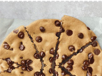 Pizza Hut Canada Offers Free Ultimate Hershey's Chipits Cookie With Online Purchase Through December 20, 2018