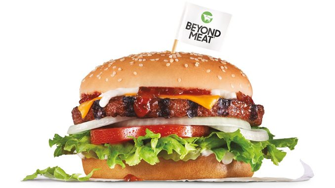 Carl's Jr. Canada Introduces New Plant-Based Beyond Famous Star With Cheese