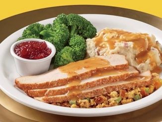 Denny's Canada Puts Together Thanksgiving Turkey Dinner Bundles From October 9-12, 2020